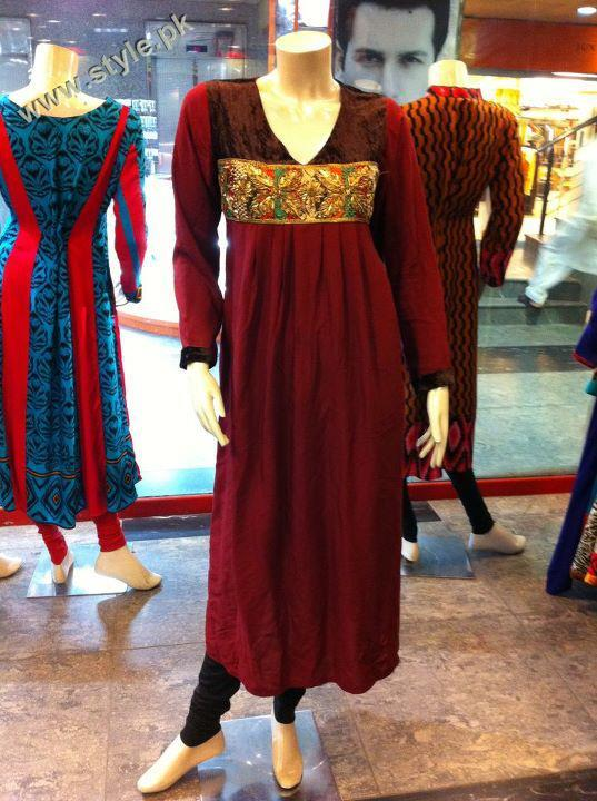 Latest Stunning Casual Wear By Classic Collection 2012 002 for women local brands