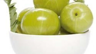 Indian Gooseberry for Glowing Skin