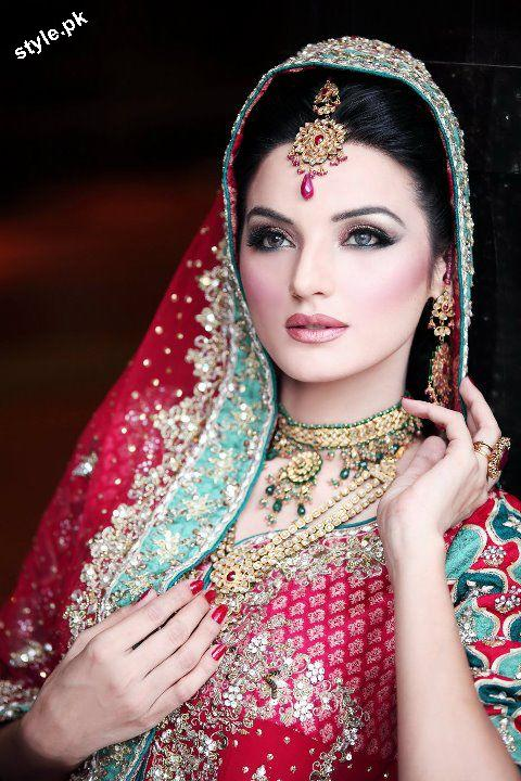 Latest Bridal Jewellery designs 2012 in Pakistan 3 wedding wear jewellery