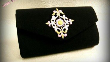 Latest Formal Wear Clutches By Ash Lamour 2012-001