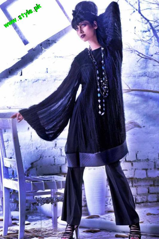 Latest Madiha Ibrar stunning Party wear 2012 004 pakistani dresses