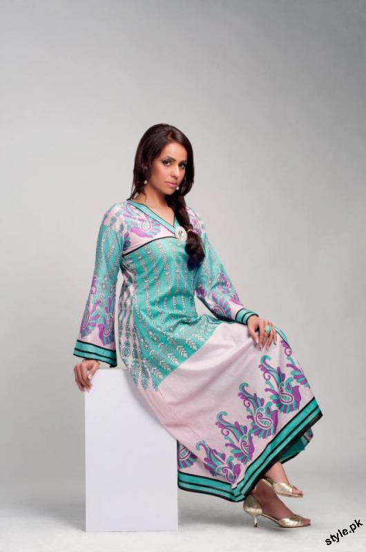 ZQ Designer Lawn Collection 2012 by Star Textile Mills 3 designer dresses