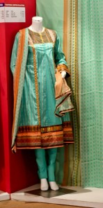 junaid jamshed lawn collection 2012 (3)