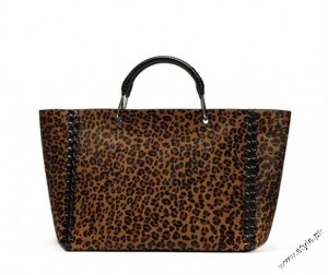 Bimba Lola winter handbags collectino 2012 5 300x252 shoes