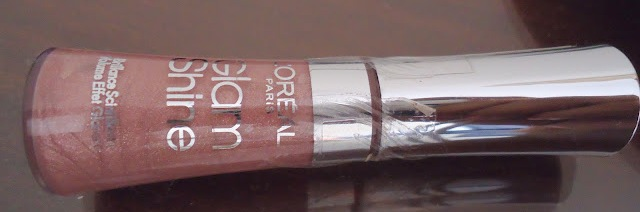 L'Oreal Glam Shine Lip Gloss In Moon Crystal_02