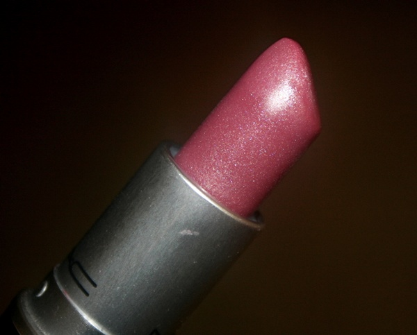 MAC Sweetie Lipstick - Review, Photos & Swatches_002