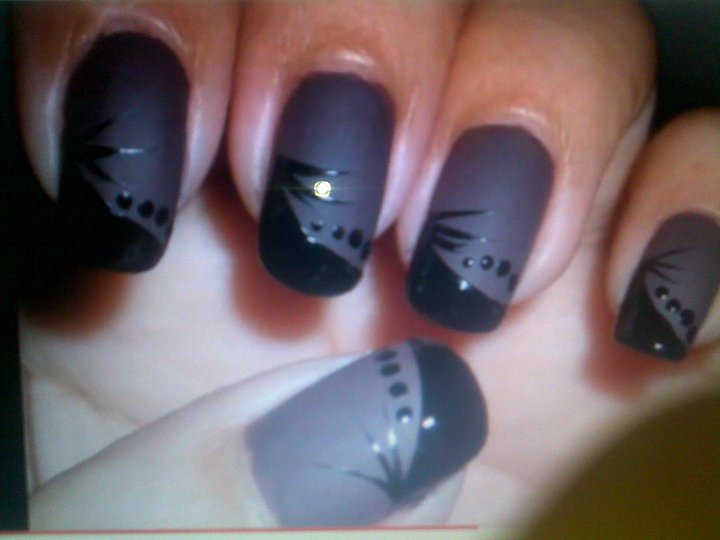 Tips for A Perfect Nail Art (4)