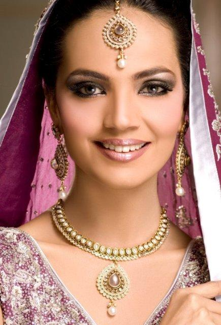 Amina Sheikh Bridal Makeover Shoot_005