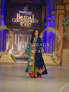 Amir Baig Bridal Collection At Bridal Collection Week 2012 11 225x300 bridal couture week fashion shows