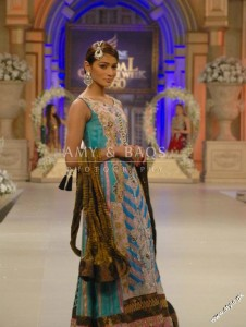 Amir Baig Bridal Collection At Bridal Collection Week 2012 5 226x300 bridal couture week fashion shows