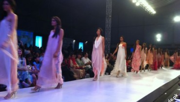 Ayesha Somaya Collection At Fashion Pakistan Week 2012 1