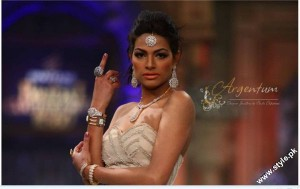 Jewellery Collection at Pantene Bridal Couture Week 2012 by Nadia Chottani by Argentum 2 300x189 jewellery bridal couture week fashion shows
