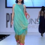 Latest Sania Maskatiya Dresses At Sunsilk Fashion Week 2012-016