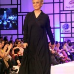 Nomi Ansari Dazzling At Fashion Pakistan Week 2012, Day 3-002