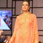 Nomi Ansari Dazzling At Fashion Pakistan Week 2012, Day 3-006