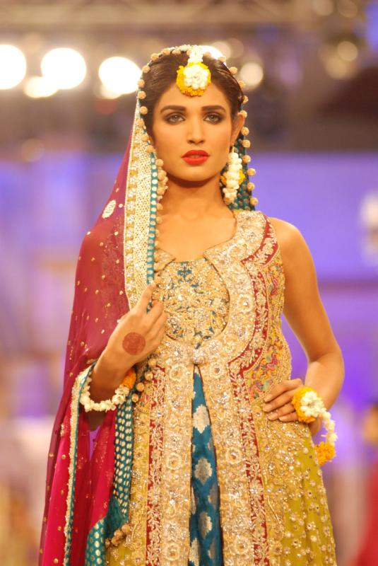 Pantene Bridal Couture Week 2012 Day 2 Bridal Dresses d fashion shows