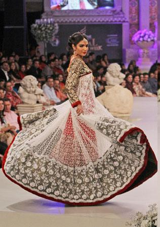 Pantene Bridal Couture Week 2012 Day 2 Bridal Dresses i fashion shows