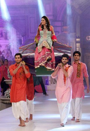Pantene Bridal Couture Week 2012 Day 2 Bridal Dresses s fashion shows