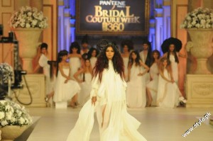 Pantene Bridal Couture Week 2012 day 1 1 300x199 fashion shows
