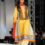 Lawn Collection by Sadia on Day 3 of PFDC Sunsilk Fashion Week 2012_09