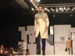 Sunsilk PFDC Fashion Week 2012, Day 1 (11)