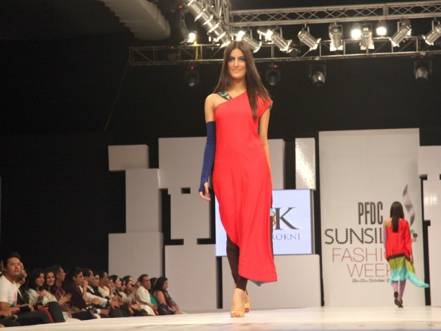 Sunsilk PFDC Fashion Week 2012, Day 1 (7)
