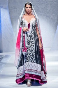 Latest And Exclusive Bridal Collection 2012 By Zainab Sajid in FPW 007 199x300 shows international fashion brands