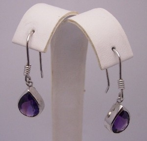 Latest and Exclusive Amethyst Earnings For Summer 2012 004 300x288 jewellery