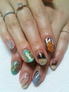 Simple Nail Art Designs for Summer 2012 003 225x300 nail art heath and beauty tips