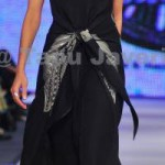 About Pakistani Fashion Model Sanam Saeed 004