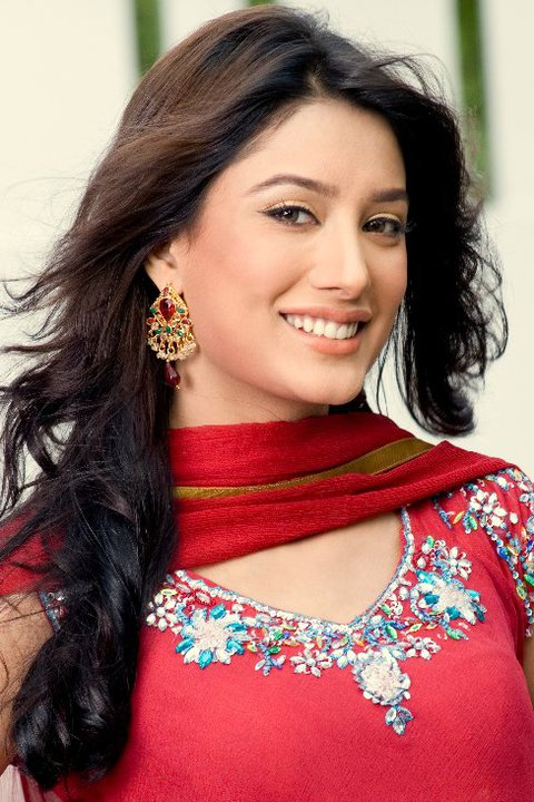 top model mehwish hayat full profile