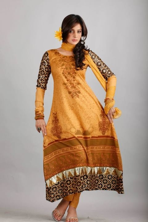 Dawood Lawns Embroidered Collection 2012 005