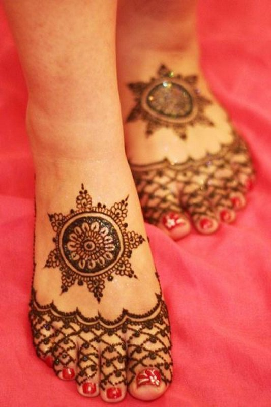 Eid Mehndi Designs 2012 For Feet 002