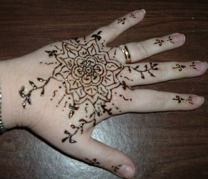 Eid Mehndi Designs 2012 For Kids 005 300x259 mehandi