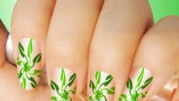 Latest Eid Nail Art Designs 2012 For Girls 001