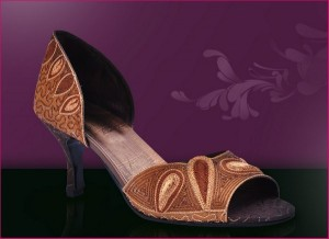 Stylo Shoes New Eid Arrivals 2012 For Women 002 300x218 brand stylo shoes and bags