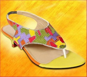 Stylo Shoes New Eid Arrivals 2012 For Women 007 300x265 brand stylo shoes and bags