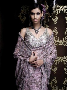 Maharani Wedding Wear Collection 202 For Women 008 225x300 international fashion brands