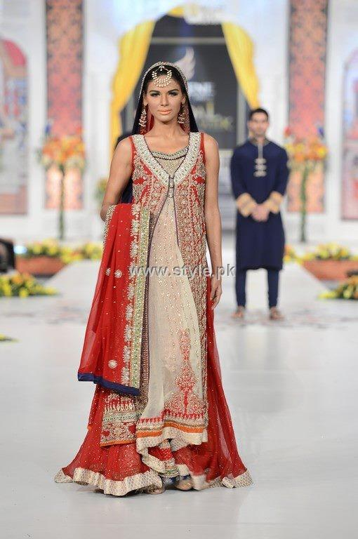 Bridal Dresses 2013 Fashion in Pakistan 012 fashion trends bridal dresses