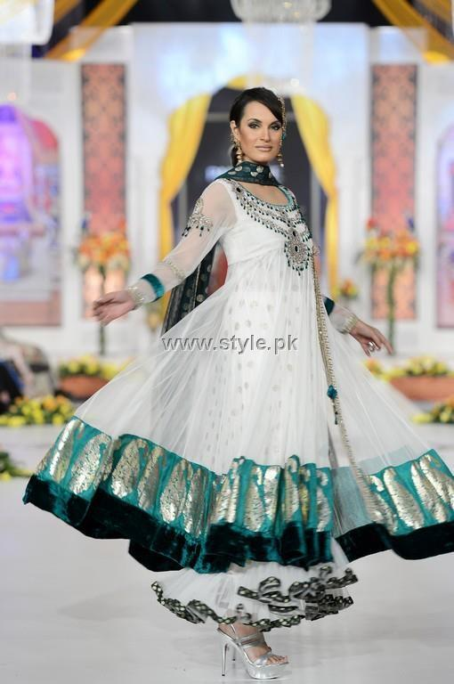 Fashion Of Frocks Designs 2013 For Girls 010 fashion trends designer dresses
