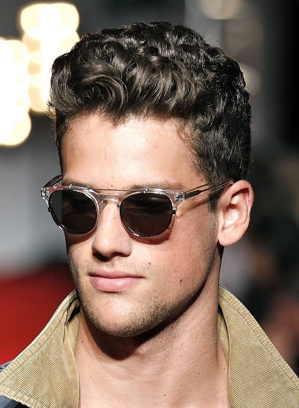 Good Hairstyles For Curly Hair Men 0015