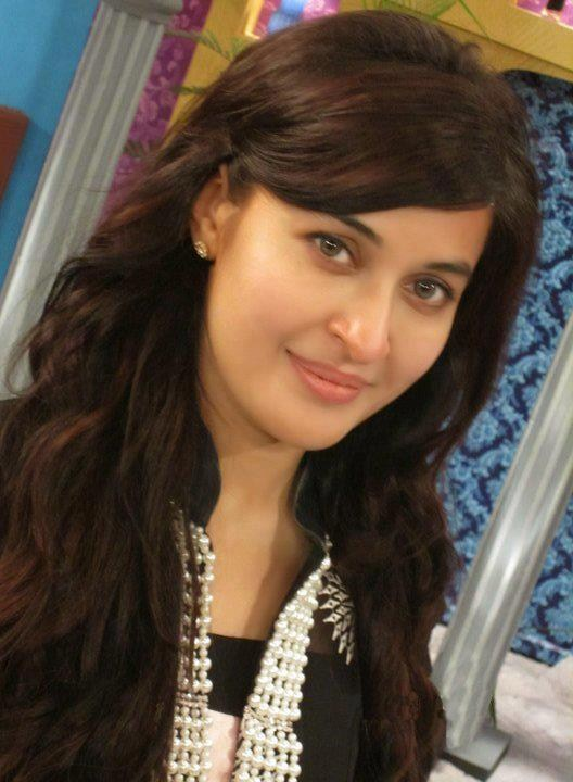 Dr. Shaista Wahidi Pictures and Profile