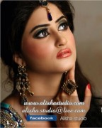 Model Sajal Ali Pictures and Biography (8)