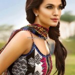Kamal Lawn 2013 for Women by Zara Shahjahan 008