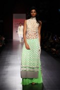 Manish Malhotra Spring Collection 2013 At Lakme Fashion Week 0011