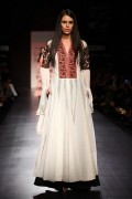 Manish Malhotra Spring Collection 2013 At Lakme Fashion Week 005