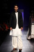 Manish Malhotra Spring Collection 2013 At Lakme Fashion Week 007