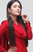 Pakistani Model Ayeza Khan Pictures and Profile (9)