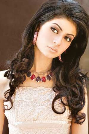 Pakistani Model madiha iftikhar Pictures and Profile