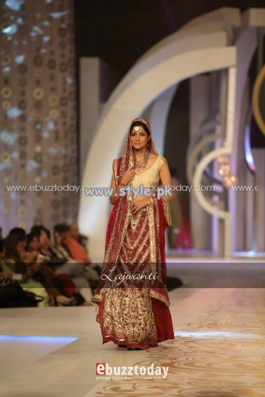 Lajwanti Collection at Pantene Bridal Couture Week 2013 010 fashion shows